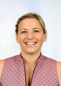 Eva Mayer, BEd